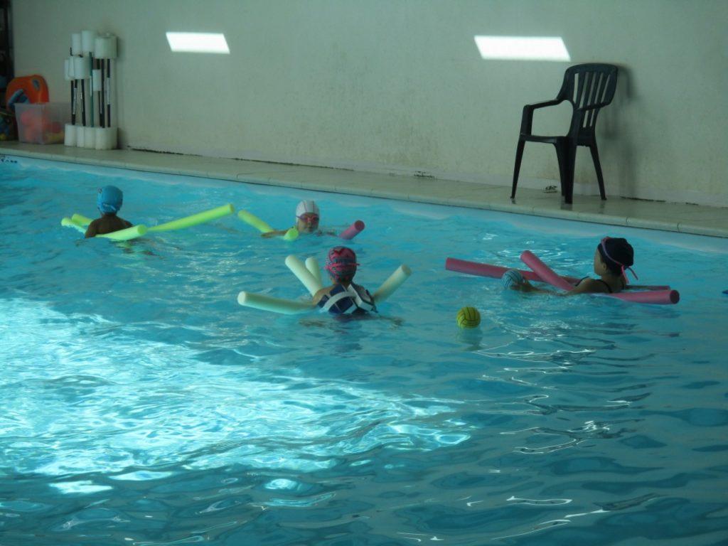 Cours de natation piscine blue shark for Piscine de molenbeek cours de natation