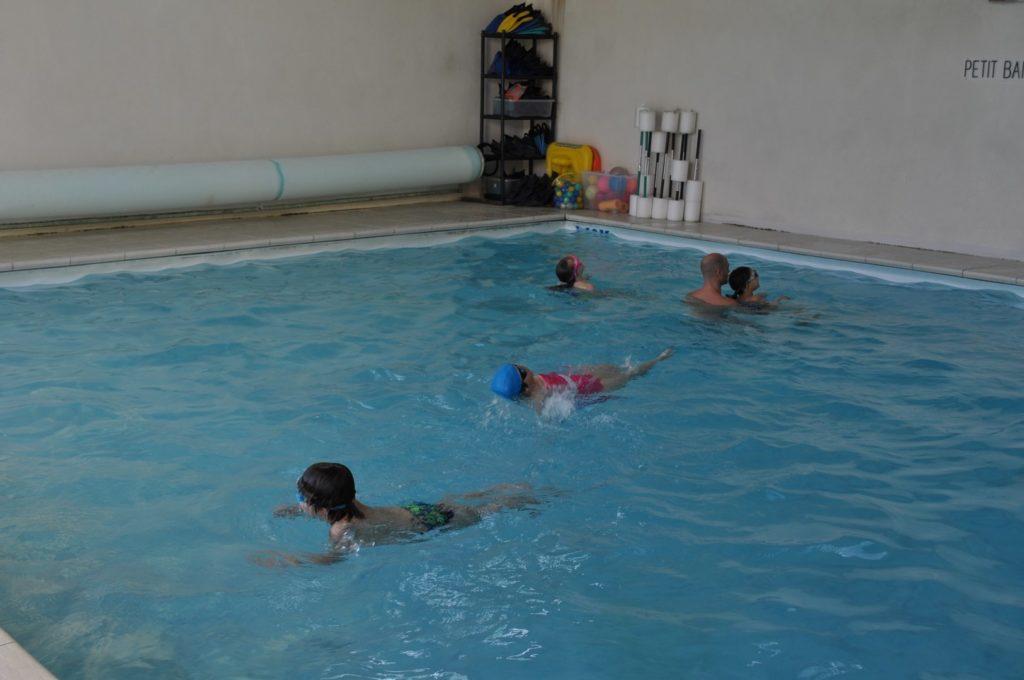 Cours de natation piscine blue shark for Piscine cours de natation